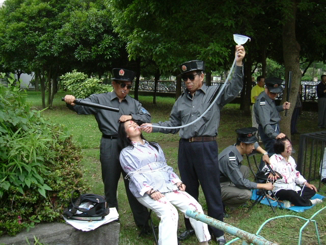 Japan The First Falun Gong Anti Torture Exhibit In Tokyo