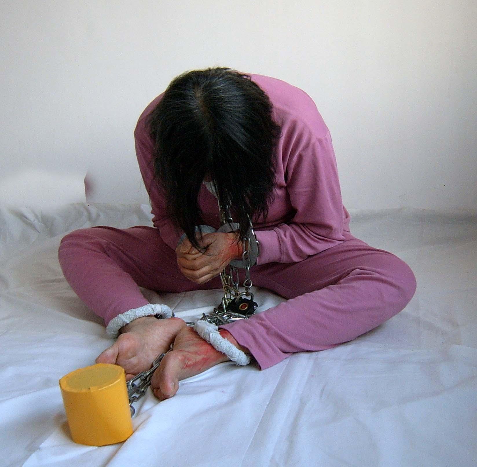 Фото пытающих женщин 24 фотография
